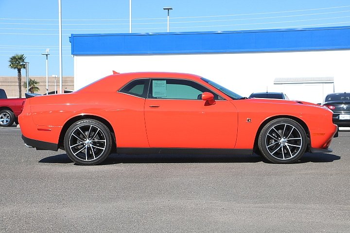 Pre-Owned 2018 Dodge Challenger R/T Scat Pack