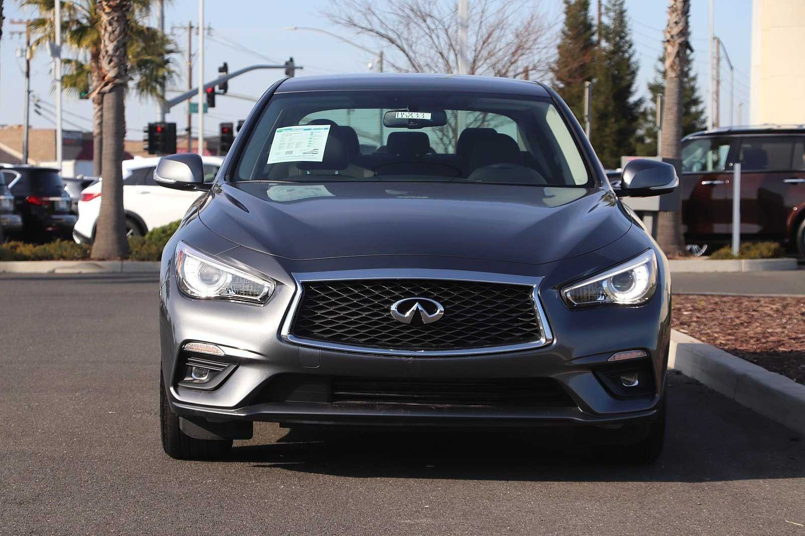Pre-Owned 2019 INFINITI Q50 2.0t PURE