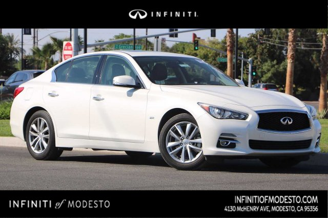 Pre-Owned 2016 INFINITI Q50 2.0t Base