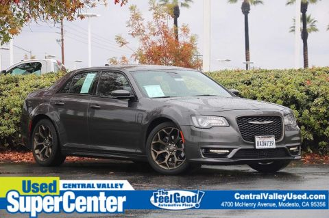 Pre-Owned 2017 Chrysler 300 300S Alloy Edition