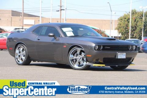 Pre-Owned 2017 Dodge Challenger T/A 392